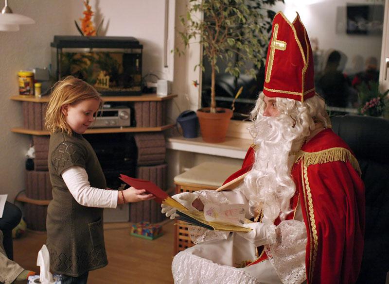 nikolaus und weihnachtsmann service in m nster. Black Bedroom Furniture Sets. Home Design Ideas